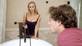Nicole Aniston - Bath Time With Nicole
