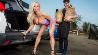 Michelle Thorne - Sneaky Slut Bags The Scoundrel