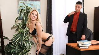 Khloe Kapri - Naughty Office