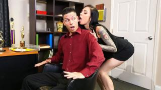 Marley Brinx - Naughty Office