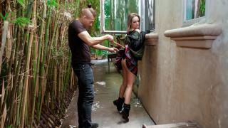 Kimmy Granger - Breaking Entering And Inserting