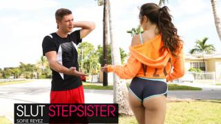Sofie Reyez - Slut Step Sister