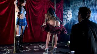 Karmen Karma, Sabina Rouge - Stripping Rivalry