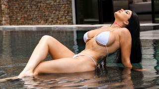 Romi Rain - Pounded By The Pool