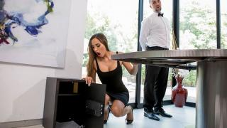 Desiree Dulce - Boned By The Butler: Part 1