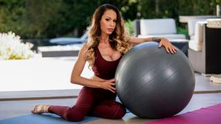 McKenzie Lee - Balls To Her Wall