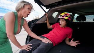 Dee Williams - Road Rage Load