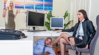 Bella Rolland - Turning Her Off And On Again