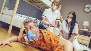 Jennifer Mendez, Ariela Donovan - Stuck Between Two Nurses