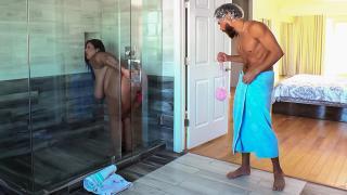 Sofia Rose - Dildo Showers Bring Big Cocks