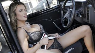 Shalina Devine - Give Me An Orgasm For A Discount