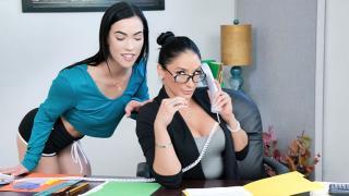 Sheena Ryder, Diana Grace - Business Call