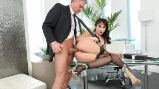 Isabella Nice - The Big Boss Can Help When Isabella is Stuck