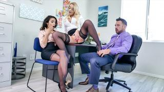 Adrian Hush, Alexis Monroe - Landing the Job