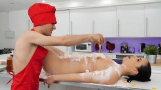 Sofia Lee, Jordi El Nino Polla - Cocking With Chef Jordi!